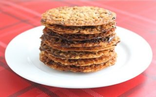 lacy oatmeal wafers